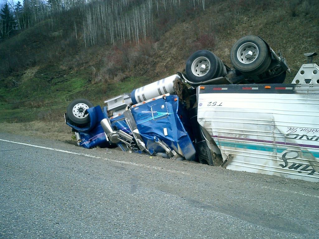 truck-rollover
